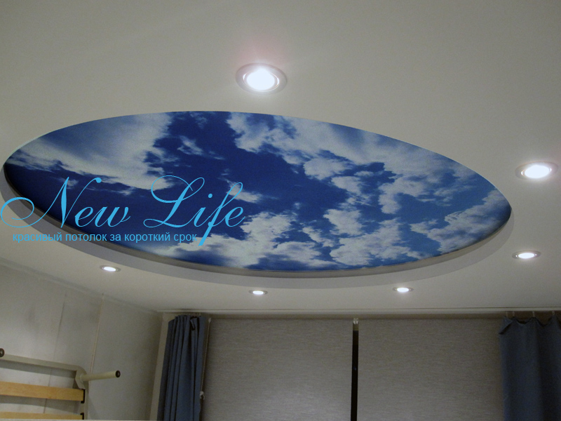 Фотопечать на матовом натяжном потолке - небо в составе двухуровневого потолка