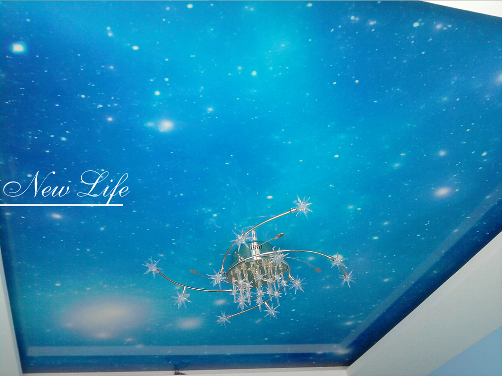 Фотопечать Космос на лаковом натяжном потолке