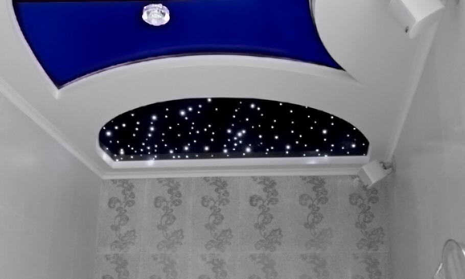 Натяжной потолок Звездное небо в составе двухуровневого потолка