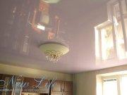 Цветной лаковый потолок