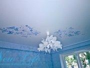 Сатиновый натяжной потолок с арт печатью